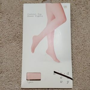 A new day sheer tights size 1X